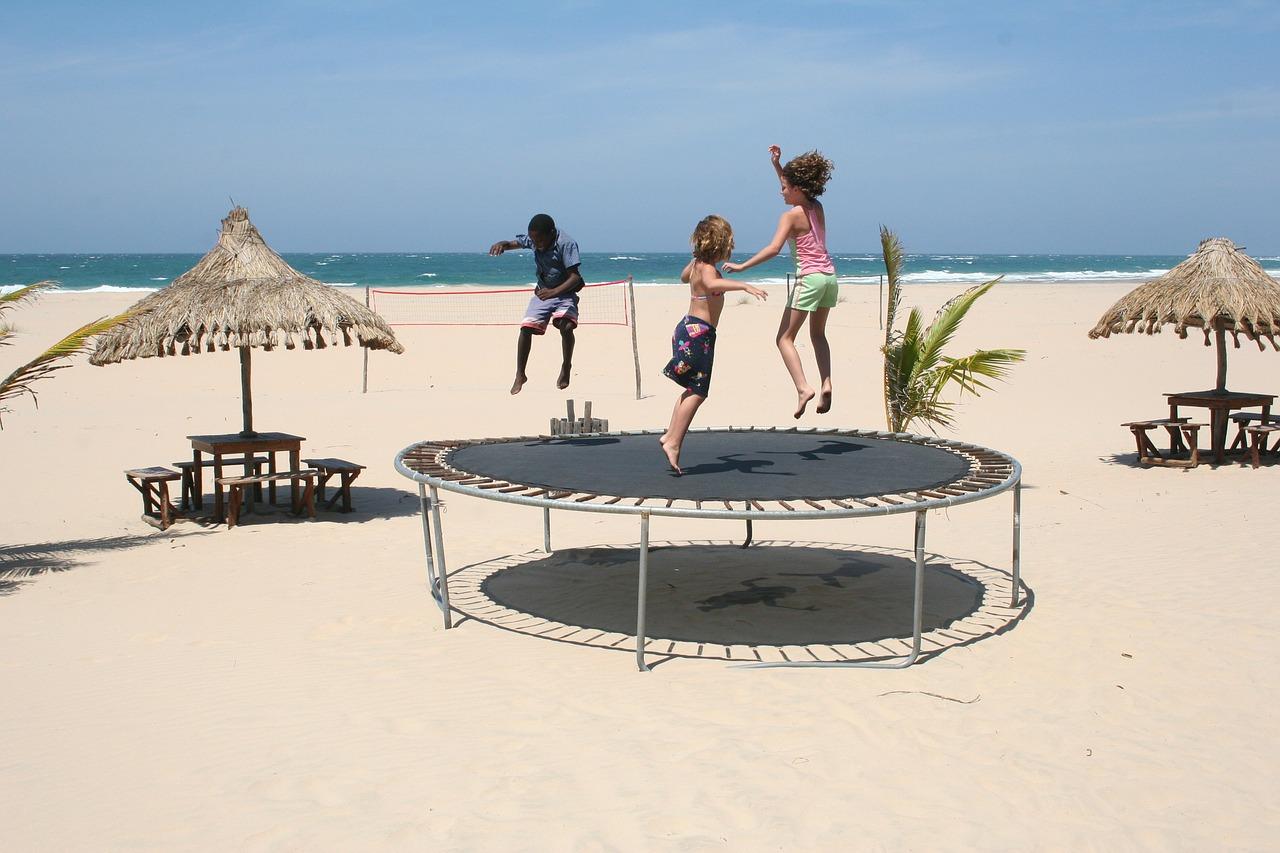Plážová trampolína