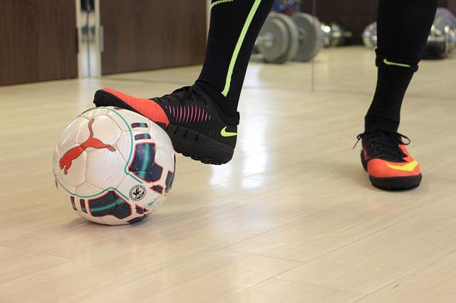nohy fotbalisty.jpg
